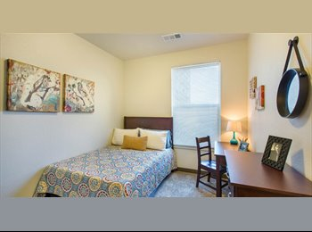 EasyRoommate US - State on Campus - NO DEPOSIT - Female, Fort Collins - $575 /mo