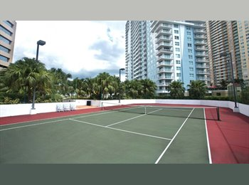 Nice apartment to share in Brickell!