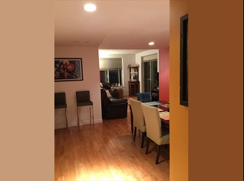 Lg bedroom to rent  in art gallery like apartment