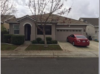 Room for Rent  - North Natomas - Large 1 Story