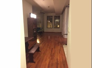 EasyRoommate US - am a very simple,easy going person,respectful person, Harbor Gateway - $700 /mo
