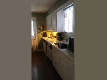 Room in a single family home,short term