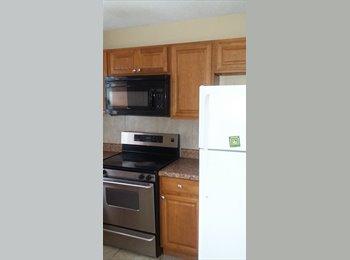 EasyRoommate US - share a 2 bedroom house with me., Lake Ridge - $800 /mo
