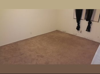 PRIVATE ROOM for rent !