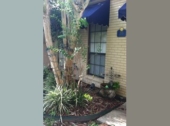 EasyRoommate US - Long Plantation Suites town home 205-J, Lafayette - $625 /mo