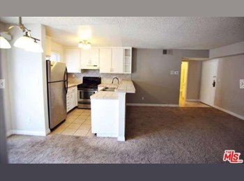 Room for rent in Tarzana, CA with own bathroom for $850...