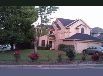 Quiet neighborhood in Saginaw