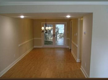 EasyRoommate US - Roommate wanted for Gorgeous Townhouse!, Doraville - $750 /mo
