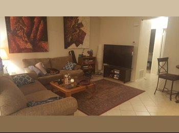 EasyRoommate US - Spacious Master Bedroom Seconds from Greenbel, Barton Hills - $784 /mo