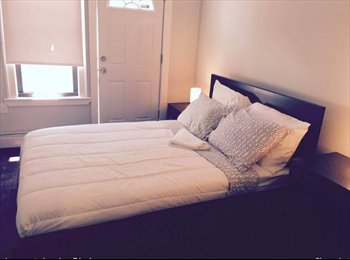 Gorgeous Rooms in a 3 bed apart with Private Outdoor