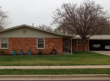 EasyRoommate US - Laid Back Living, practically your own place!, Lubbock - $600 /mo