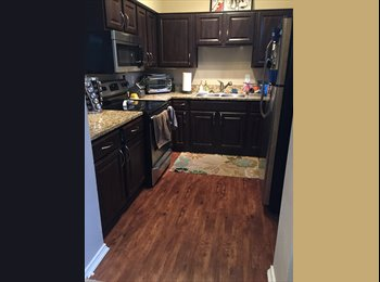 EasyRoommate US - Spacious Room for Rent in Best Location! , Fort Worth - $1,200 /mo