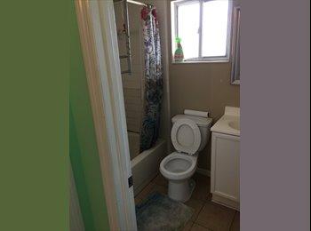 Room for rent NOW UCFArea
