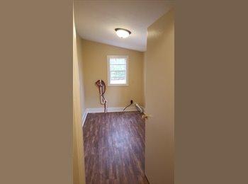 EasyRoommate US - 3 bedroom 1 bathroom to split $850/month, United States - $275 /mo