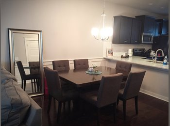 EasyRoommate US - HUGE master bedroom on entire 3rd floor in townhouse, Northwest Raleigh - $750 /mo