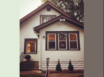 EasyRoommate US - Laid back teacher looking for a laid back roomie, Kingfield - $700 /mo
