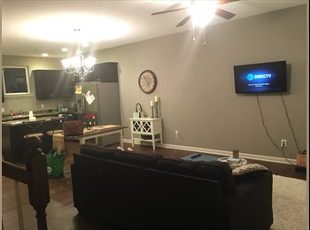 EasyRoommate US - Family Friendly 1 bed, Montgomery - $300 /mo
