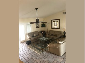 EasyRoommate US - Room + Bathroom for Rent in 4/2 House with Pool, Four Corners - $750 /mo