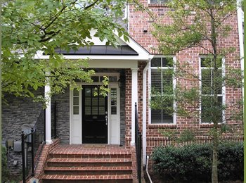 Room for Rent in Sandy Springs by 285 and 400 (Townhouse)