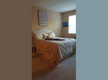 EasyRoommate US - Master Bedroom Available in 2 Bedroom-Minutes from I-75 and USF!, Temple Terrace - $675 /mo