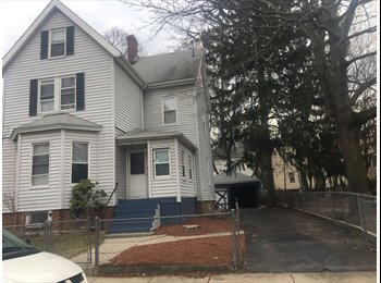 EasyRoommate US - Room for rent, Codman Square - $550 /mo