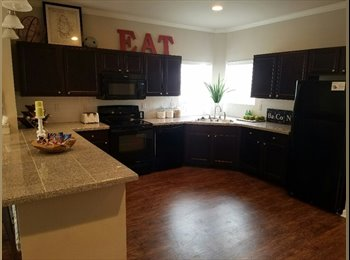EasyRoommate US - 1820ft2 - Perfect Abode For 1, 2 Or 3! (Fort Collins) , Fort Collins - $644 /mo