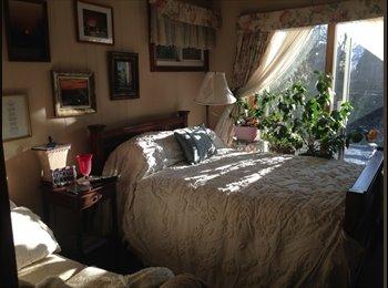 EasyRoommate US - New London! Furnished room Plus!, Hamden - $800 /mo