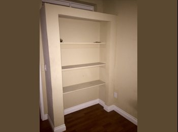 ROOM FOR RENT IN BEAUTIFUL UPGRADED HOUSE