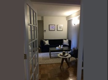Sunny room available in Gramercy
