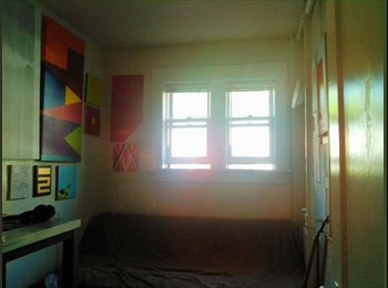 $755 Bedroom for Rent (March) (Capitol Hill)