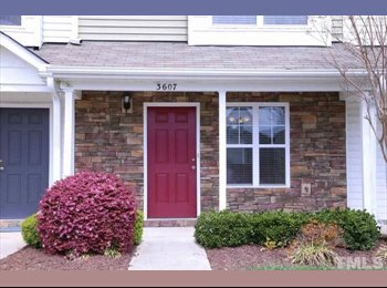 EasyRoommate US - Furnished 1 bedroom townhome, priv bath, Pine Ridge - $610 /mo