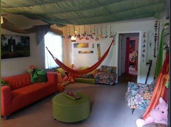 EasyRoommate US - Whimsical happy home, Saint Elizabeth - $1,000 /mo