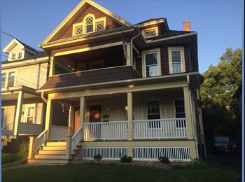 EasyRoommate US - Beautiful 3 Bedroom. Close to South Campus. , Syracuse - $450 /mo