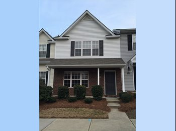 EasyRoommate US - Room available in lovely townhome, Rock Hill - $600 /mo