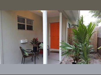 EasyRoommate US - Private bedroom and bath in South St. Pete, Saint Petersburg - $900 /mo