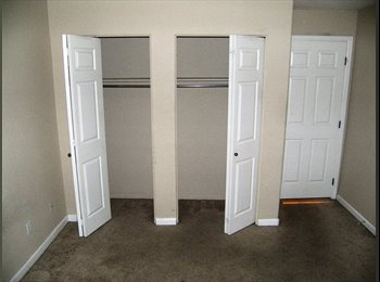 EasyRoommate US - Available space in Lakewood CO Belmar area for only 720/m!!!, Lakewood - $600 /mo