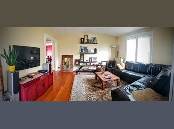 Furnished room in beautiful house - No lease, all...