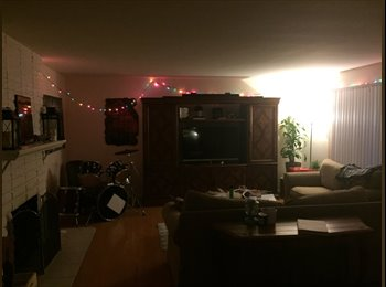 $700 Looking for a roommate. Available May 1st (Orange, CA)