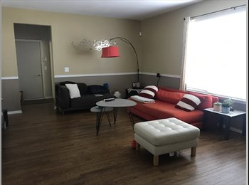 EasyRoommate US - Spacious house with 2 room available, Commerce Charter Township - $700 /mo