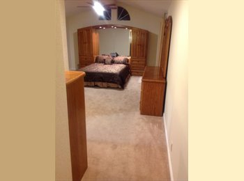 EasyRoommate US - Large Master Bedroom Suite with Private Bathroom , West San Jose - $1,250 /mo