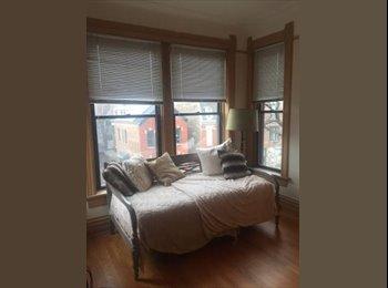 EasyRoommate US - Wicker Park creative seeks female roommate for 2BR, Wicker Park - $975 /mo