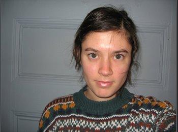 Emily - 21 - Student