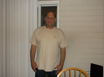 EasyRoommate US - Rick - 61 - Rochester