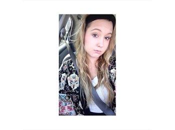 Kaylynn - 18 - Student