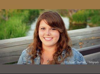 EasyRoommate US - Heather - 23 - Omaha