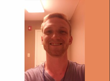 EasyRoommate US - Mike - 22 - Greenville