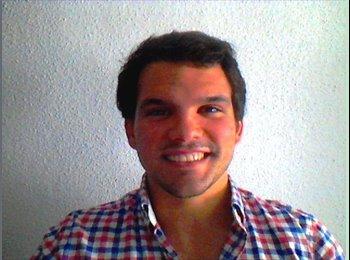 Jose   - 25 - Professional