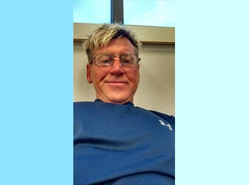 EasyRoommate US - Greg - 48 - Ann Arbor