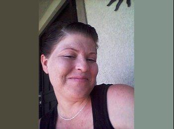 EasyRoommate US - alicia - 31 - Southeast California