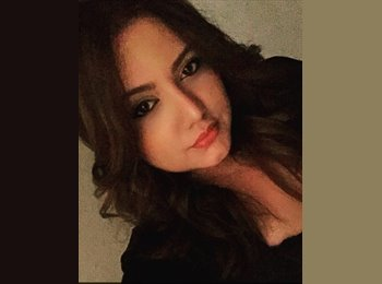 EasyRoommate US - Stephanie - 21 - Orlando Area